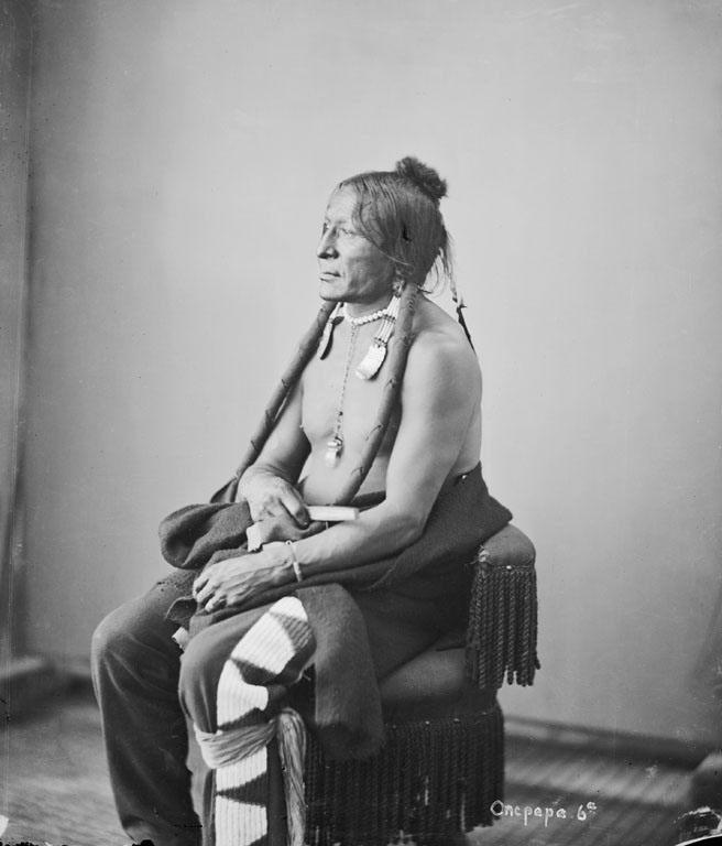 American Indians : Bloody Mouth - Hunkpapa 1872 [B].