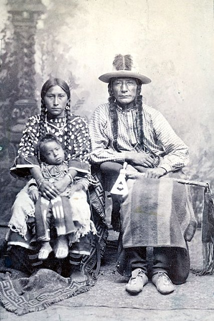 American Indians : Crooked Face Wife and Son - Crow.