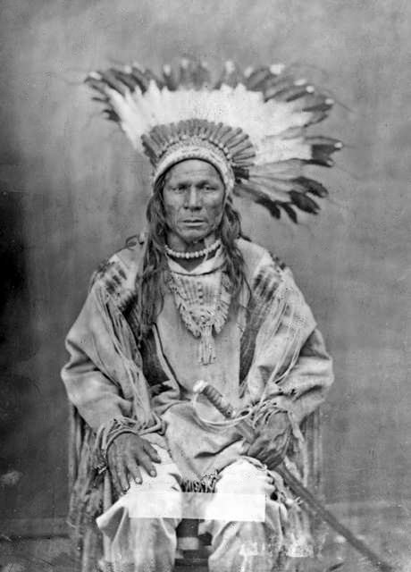 American Indians : Crow Flies High - Gros Ventre 1880.