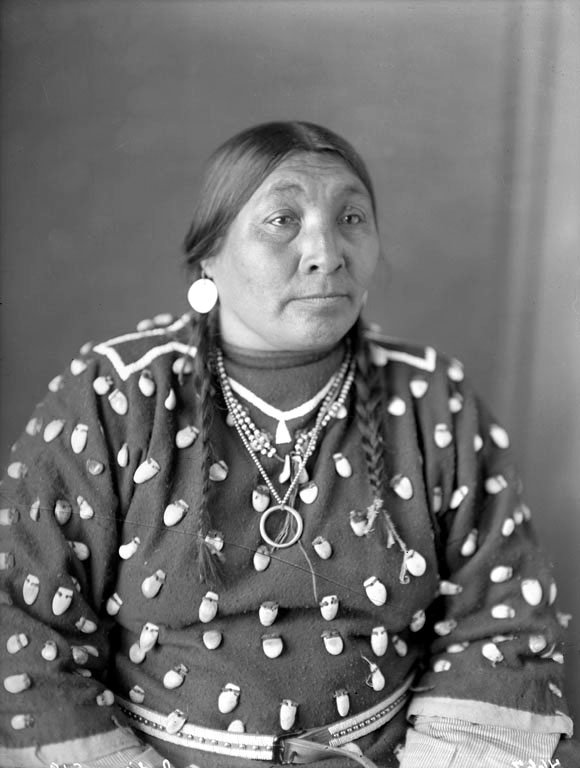 American Indians : Louise Two Medicine Rock - Crow.