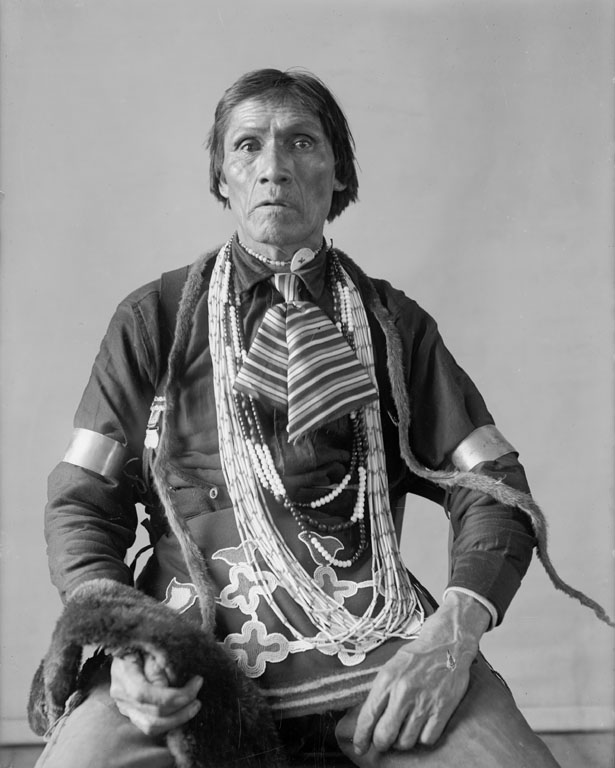 American Indians : Matchis Skank (Someone Traveling) - Ojibwe 1901.