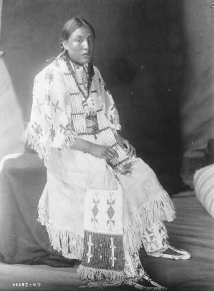 American Indians : Red Elk Woman - Yankton Dakota.