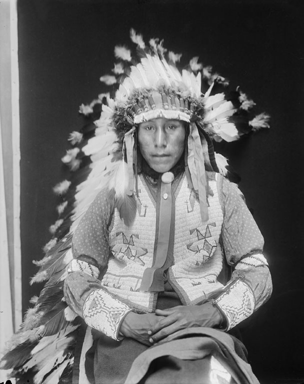 American Indians : Reuben Chase In Sight - Mniconjou 1913.