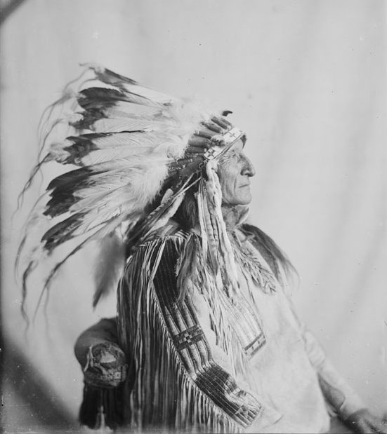 American Indians : White Buffalo Walking - Mniconjou 1913.