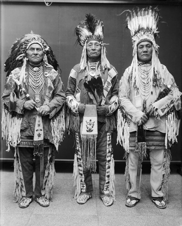 American Indians : Wolf Plume, Curly Bear, Bird Rattler - Blackfoot 1916.