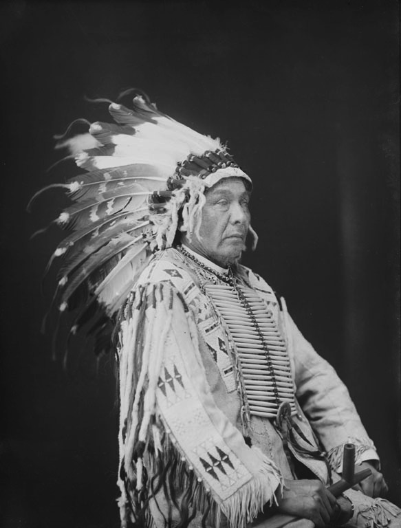 American Indians : Yellow Earth - Yanktonai 1903.