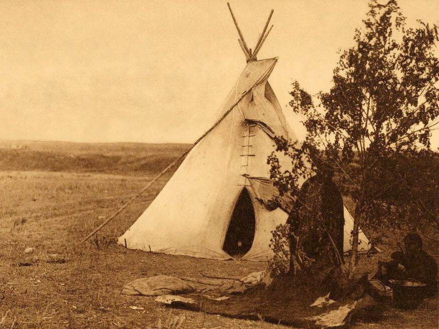 tipi (teepee or tepee) photograph : An Arikara Summer Home.