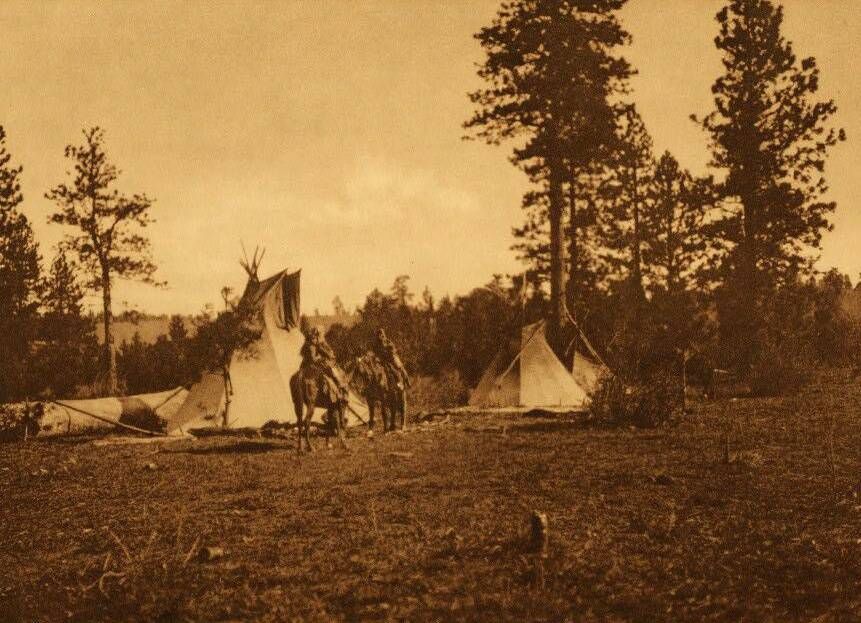 tipi (teepee or tepee) photograph : Camp of the Root Diggers.