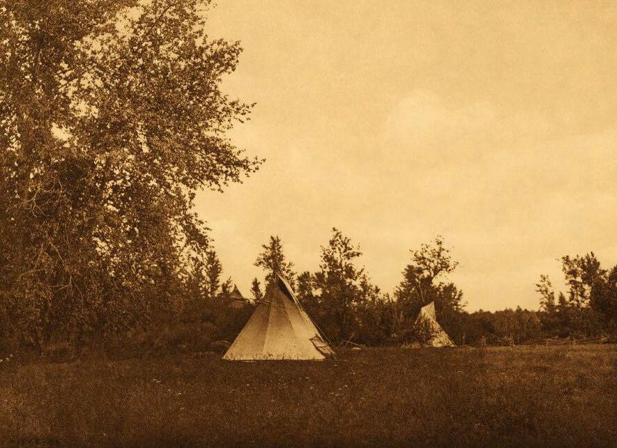 tipi (teepee or tepee) photograph : Last Home of Chief Joseph.