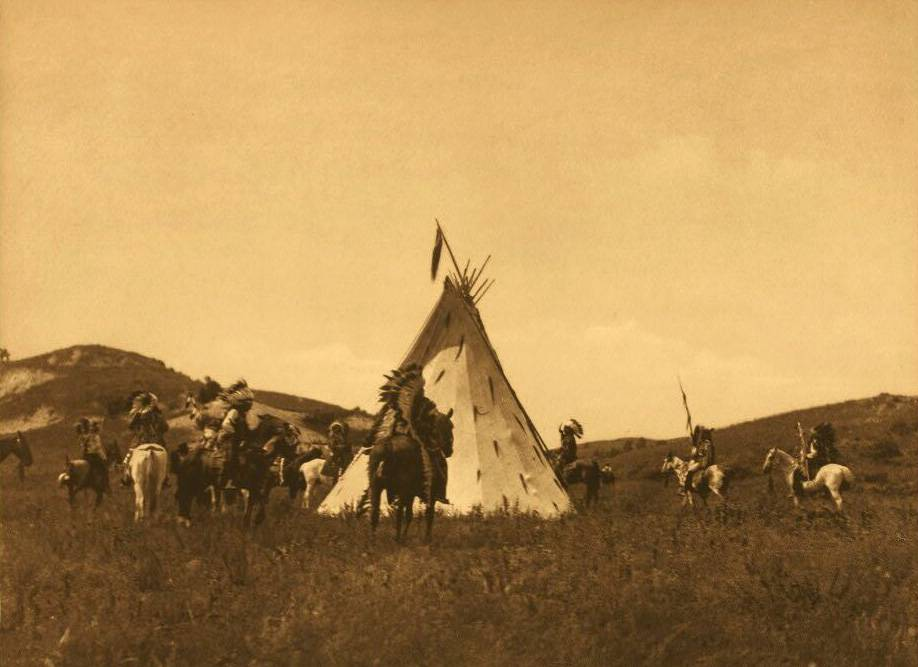tipi (teepee or tepee) photograph : A Sioux Camp.