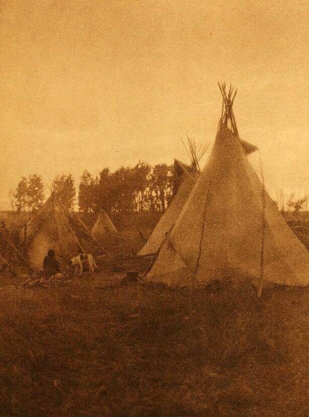 tipi (teepee or tepee) photograph : A Cree Camp.