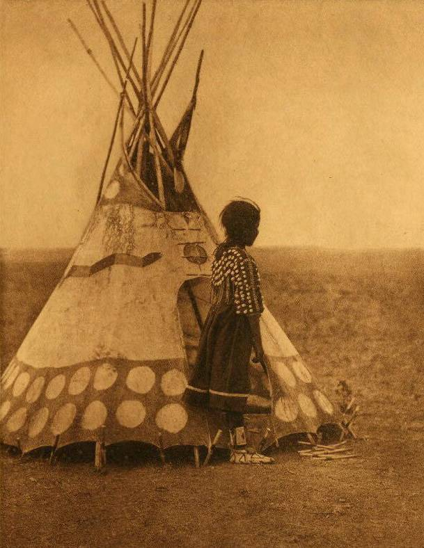 tipi (teepee or tepee) photograph : A Piegan Play Tipi.